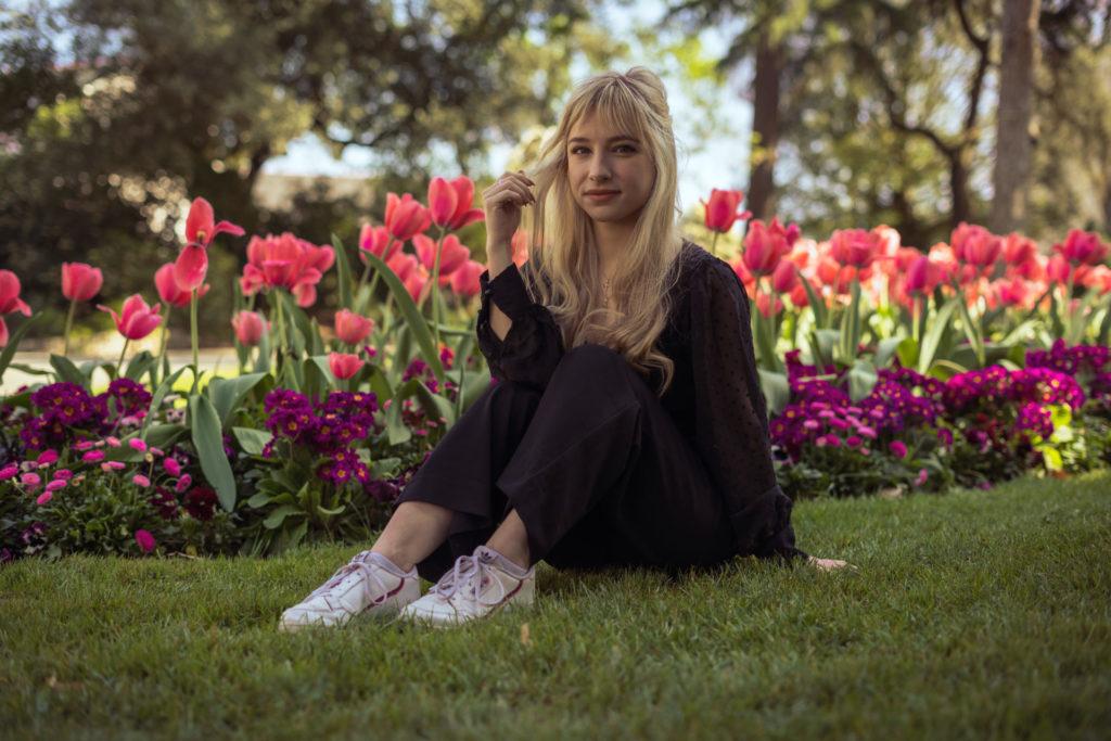 Portrait féminin au jardin des plantes d'Angers